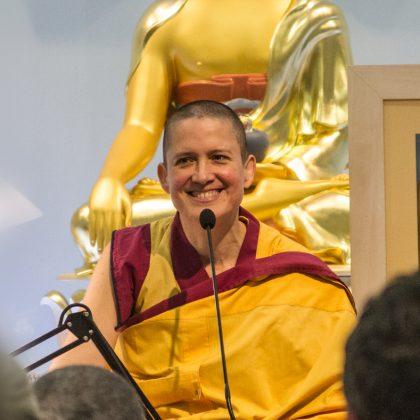 Maestra Guen Lochani